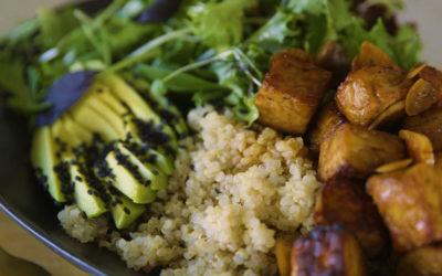 Teriyaki Tempeh Salad Bowls